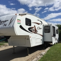 FIFTH WHEEL COUGAR 26 SAB 2011